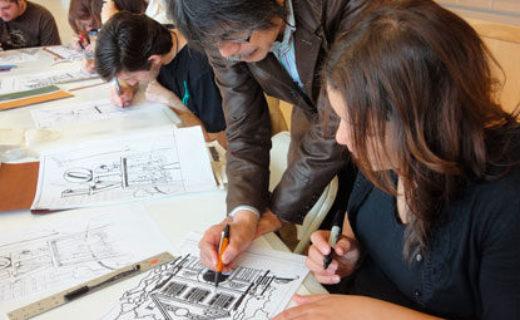 パッケージデザイン課の学生に切り絵の技法と-日本の伝統的なデザインを伝える02